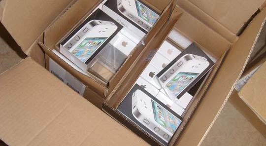 Das weiße iPhone 4 - Erste Lieferung erhalten